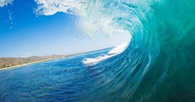 Не лечит, а калечит: чем опасна океанская вода