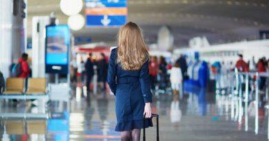 Внешность российской стюардессы покорила иностранцев вСети&nbsp