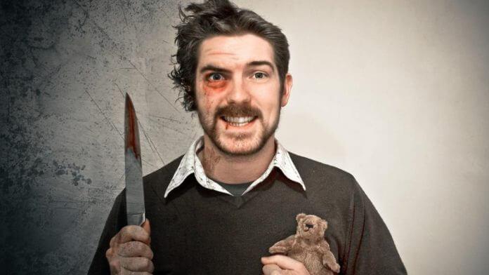 В Усинске мужчину ударили ножом в шею