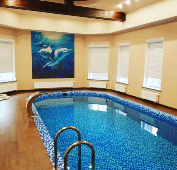 Фото канальный осушитель в частном бассейне