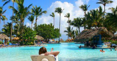 Названа оптимальная стоимость путевок на популярные курорты в ноябре