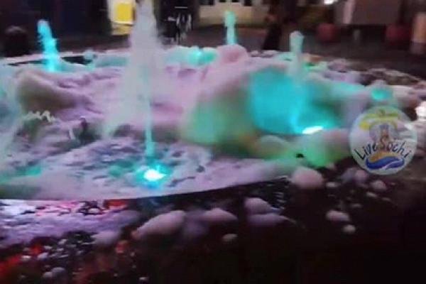 «Пенное шоу» отпрохожих напопулярном российском курорте сняли навидео&nbsp