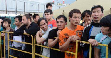 Драка мигрантов в московском хостеле попала на видео