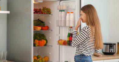 Какгазета поможет избавиться отзапаха вхолодильнике&nbsp