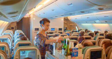 Почему стоит избегать горячих напитков в самолете