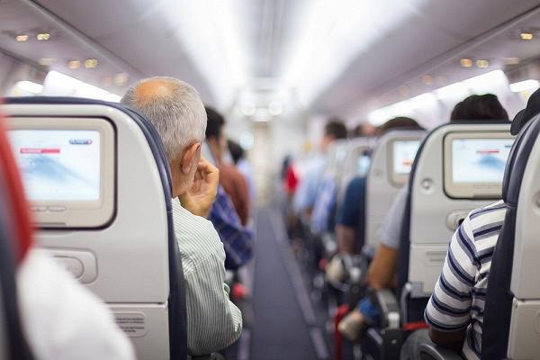 Cтюардесса назвала самые наглые просьбы пассажиров