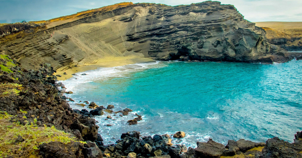 Пляж, на котором купаются в драгоценностях