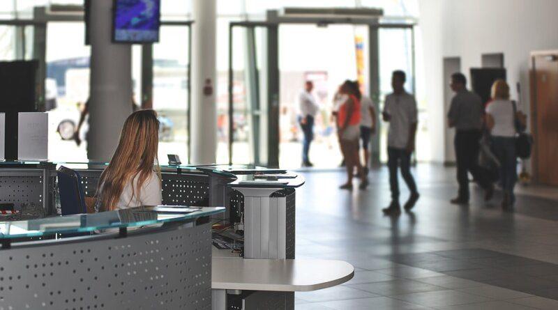 Сотрудник ФСБрассказал, каквыявляют злоумышленников ваэропортах