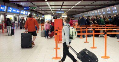 Позже на 15 минут: туристы лишились отпуска из-за теста