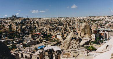 Ждут открытия границ: куда планируют поехать туристы из России