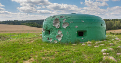 Российских туристов заперли вбункере из-заCOVID-19