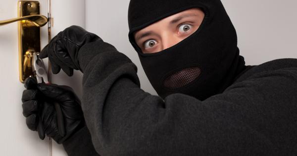 Воры объяснили, как выбирают квартиры для грабежа — Рамблер/женский