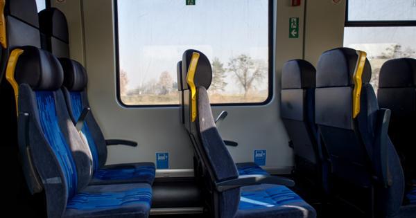 Как не подцепить вирус в поезде и самолете