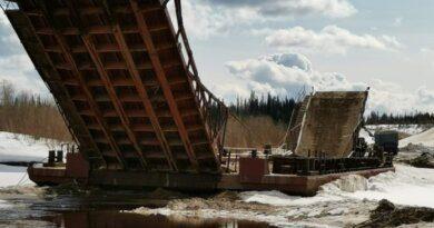 Через Лыжу по понтонному мосту проезд закрыт
