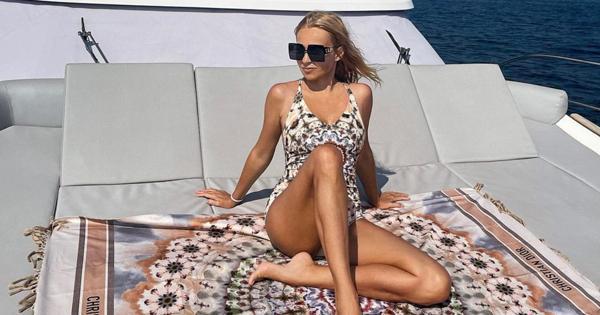 Фото Рудковской в купальнике разочаровало фанатов