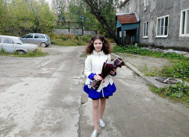 Девочка вытащила брата из квартиры во время пожара в Усинске