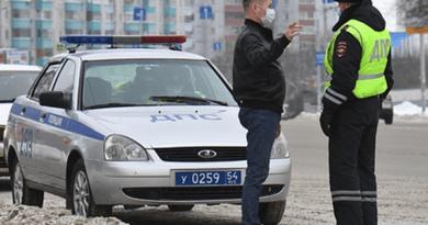 Долги россиян по штрафам ГИБДД выросли на миллиард рублей — Рамблер/авто