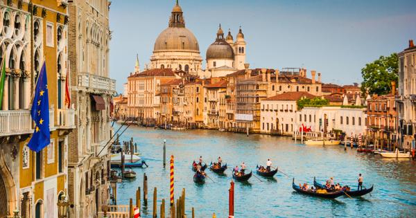 Что запрещено делать туристам в Венеции