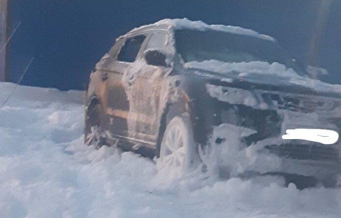 Ещё один автомобиль в Усинске оказался под властью огня