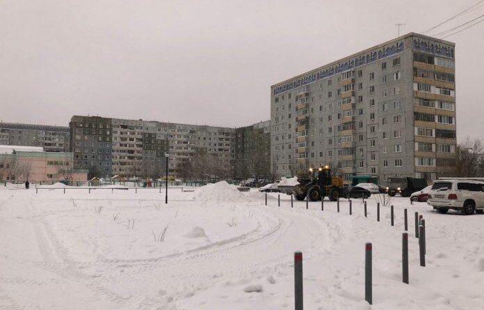"""Ещё один сквер в Усинске """"закуют в цепи"""""""