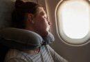 Блогер раскрыла секрет комфортного сна в самолете