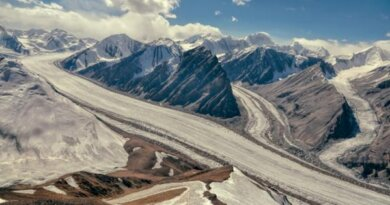 Российский турист погиб из-за схода ледника