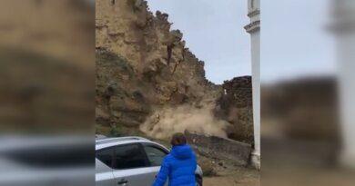 Видео: в Дагестане рухнула часть стены Гунибской крепости