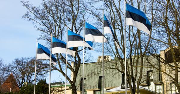 Привитые россияне смогут въехать в Эстонию без карантина