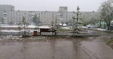 Июнь в Усинске по-прежнему снежный
