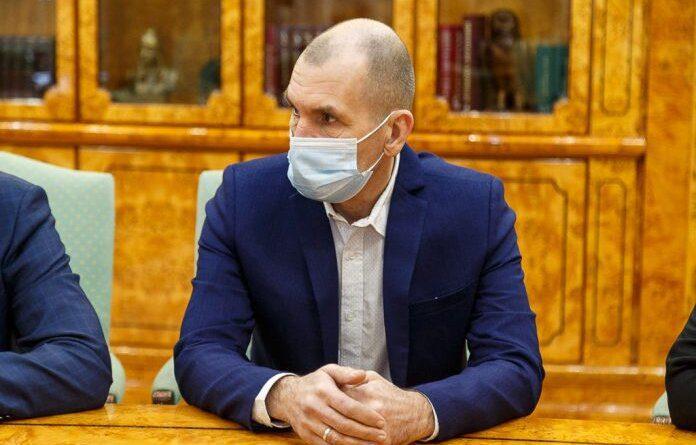 Максим Шугалей сдал депутатский мандат