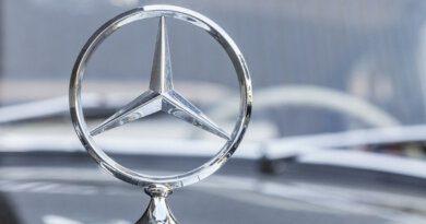 Mercedes-Benz отзывает более 100автомобилей вРоссии — Рамблер/авто