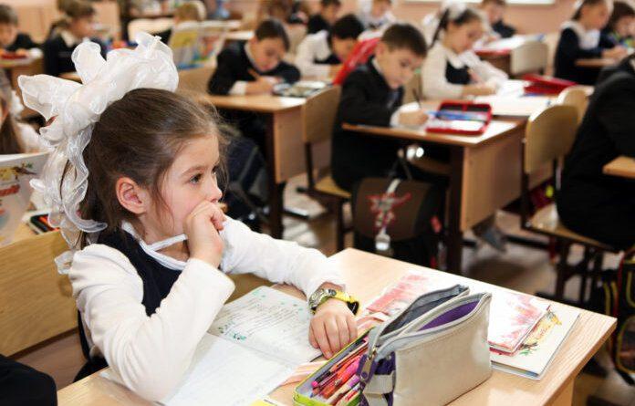 Минпросвещения расширит список школьных олимпиад и конкурсов