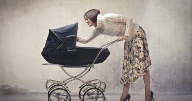 Мошенники выманили деньги у жительницы Усинска под предлогом продажи детской коляски