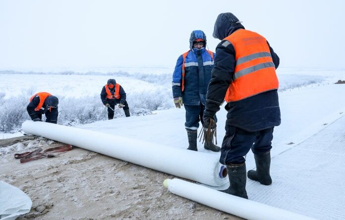 На продолжение строительства дороги Нарьян-Мар – Усинск в 2021 году направят почти 2 млрд рублей