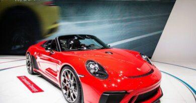 Названы самые популярные премиальные авто в России