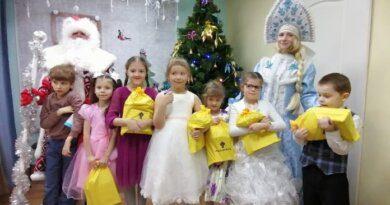Нефтяники «РН – Северная нефть» подарили новогоднюю сказку детям