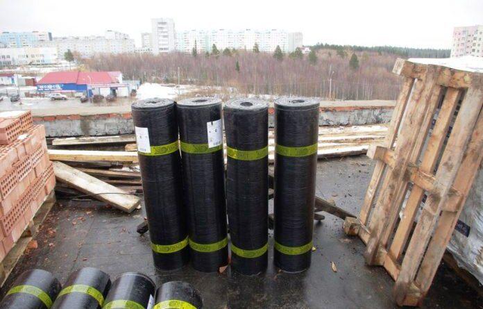 Николай Такаев поручил подготовить информацию по капитальному ремонту в Усинске