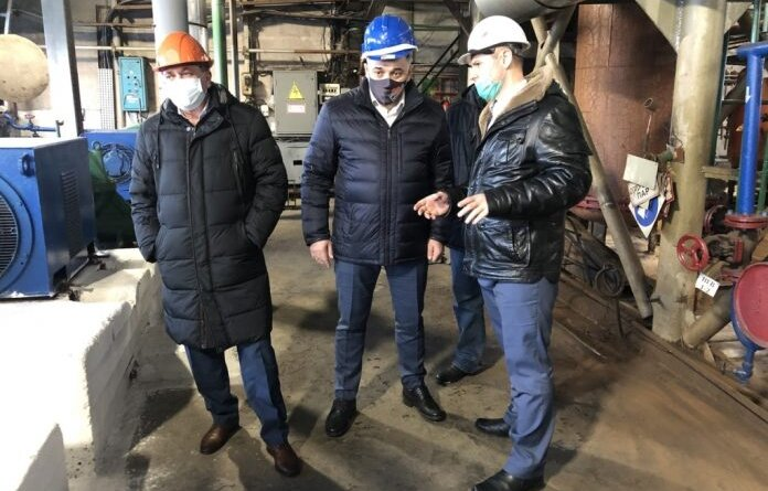 Николай Такаев проверил работу котельной в посёлке Парма
