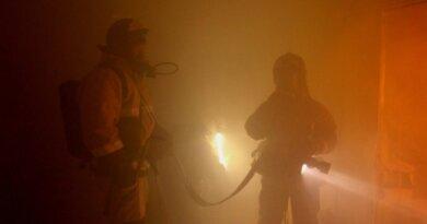 Ночью в Усинске горела квартира на Молодежной