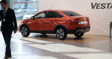 Оборот спродажи автомобилей Lada превысил 155млрд рублей — Рамблер/авто