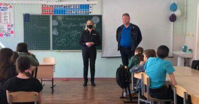 Полицейские и общественники Усинска напомнили подросткам о личной безопасности