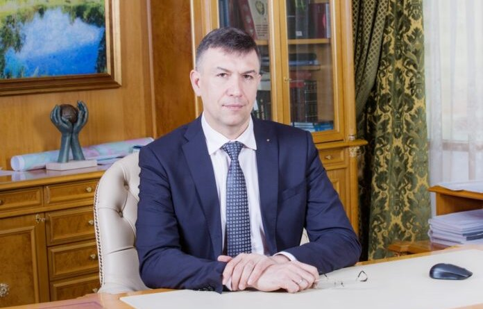 Поздравление с праздником от Александра Голованева