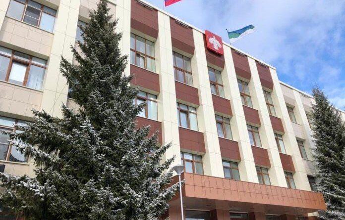 Проезд перед зданием администрации Усинска перекроют