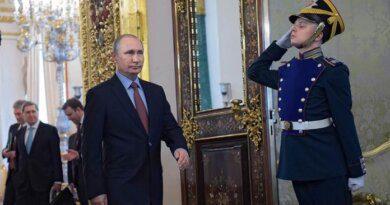 """Путин прокомментировал фильм о """"дворце"""" в Геленджике"""