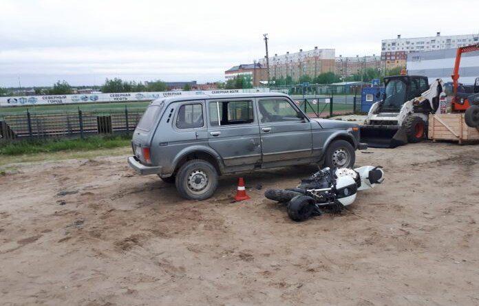 Пьяный, без прав мотоциклист Усинска протаранил Ниву