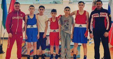 Пять медалей привезли домой боксёры из Усинска