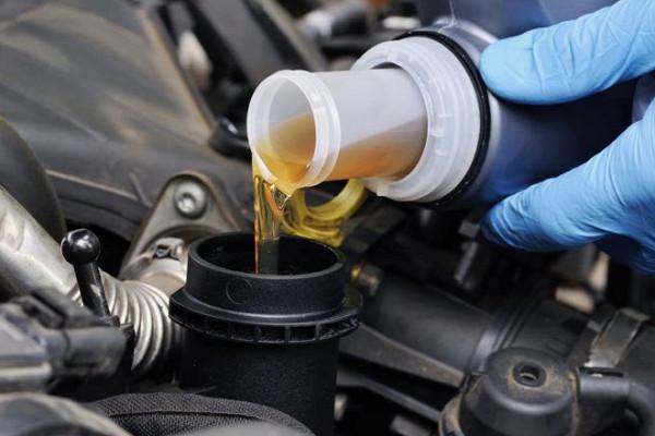 Разобраться втипах моторного масла поможет рекомендация эксперта&nbsp