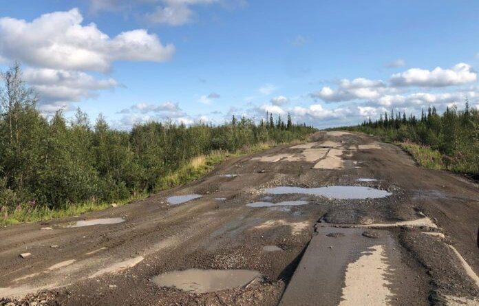 Ремонт дороги Усинск – Харьяга теперь на контроле у приставов