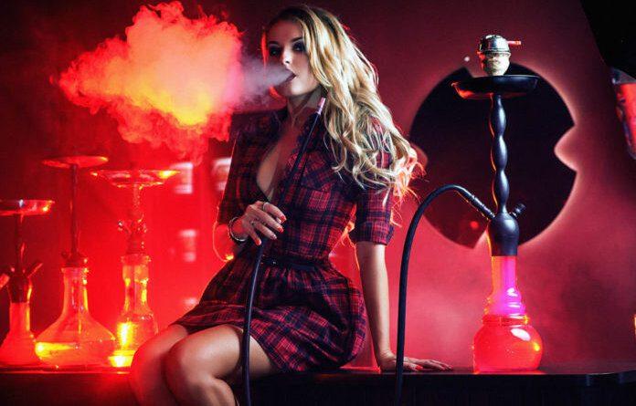 С 30 октября вводится запрет на курение кальянов и вейпов в кафе и ресторанах