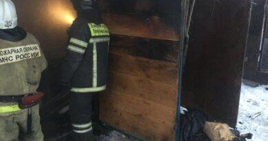 Сегодня в Усинске на пожаре погибли два человека